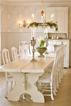 Loooong White Wooden Table and Chairs ... Simple and Charming.  At Christmas FROM: Sagolika sinnen