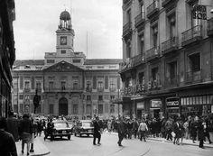 Puerta del Sol view from Calle Preciados