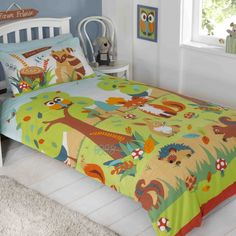 Forest Friends duvet cover - single size. Brightly coloured woodland design for younger girls with woodland creatures, hedghogs, squirrels, foxes & owls.