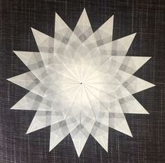 9 sterne aus transparentpapier falten.