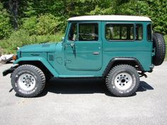 If only this was in my driveway...hint hint...anyone...