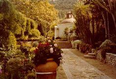 Mona von Bismark's villa Il Fortino on the island of Capri, Italy, 1978. Filson Photograph Collection