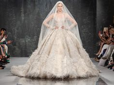 50 Fall 2018 Haute Couture Wedding Dresses Worth Blowing