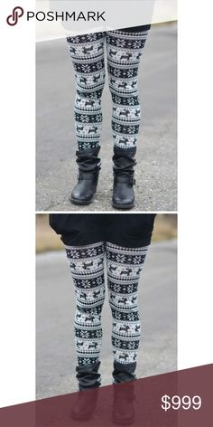 Holiday Leggings Holiday leggings! Very soft and great for the season! Pants Leggings