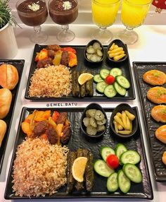 G r nt n n olas i eri i 1 ki i yiyecek Plats Ramadan, Sleepover Food, Party Food Platters, Cooking Recipes, Healthy Recipes, Food Decoration, Iftar, Food Cravings, Creative Food