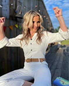 Helen Skelton, Tv Presenters, Interview, Fashion, Moda, Fashion Styles, Fashion Illustrations