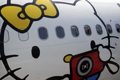 Hello Kitty Airlines? Sanrio collaborates with EVA Air. I want!!