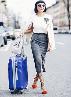 The Clever Minions of In Style Travelling | AnaMorodan.com