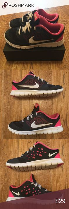 [Nike] Flex '15 Kids Running Shoes (used) Size 13 Used Nike Flex Run Kids running shoes, good condition (see photos) Size 13C.   **Offers Accepted**    545 Nike Shoes Sneakers