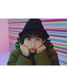 181129 살레와(@salewa_korea) • Instagram #izone #hitomi Kpop Girl Groups, Kpop Girls, Team 8, Sakura Miyawaki, Japanese Girl Group, Kim Min, Pledis Entertainment, Extended Play, The Wiz
