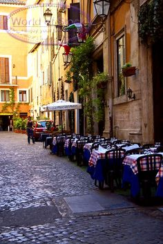 I love spending time in outdoor cafes, like this one in Rome #monogramsvacation