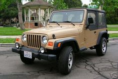 Here's What Happened to the Gilmore Girls 1999 Jeep Wrangler