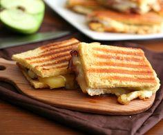 Brie, Ham & Green Apple Panini – #LowCarb
