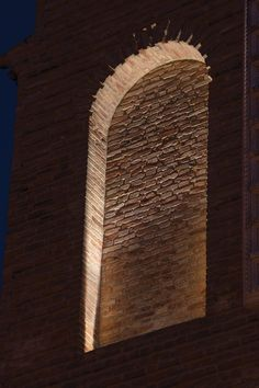 Miglianico, Chieti, Italy. Project by arch. Daniela Giandomenico. The facade's renovation, overseen by the architect Daniela Giandomenico, was completed with a lighting project designed to bring out the form of the building's architectural elements, at the same time as exalting its stone surface. Featured products by L&L Luce&Light: Litus recessed fixtures and Lyss projectors. Architectural Lighting Design, Landscape Lighting Design, Architectural Elements, Light Bulb Wattage, Facade Lighting, Arch Architecture, Indoor String Lights, Led Light Fixtures, Brick Facade