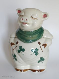 Shawnee Shamrock. My mother has this one. OH MY GOSH I REMEMBER THIS