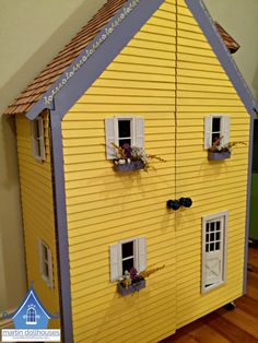 Front of Barbie doll house from Martin Dollhouses Barbie Doll House, Barbie Dolls, Dollhouse Kits, Dollhouse Miniatures, Kit Homes, Flower Boxes, 18 Inch Doll, Kid Spaces, Little Houses