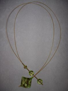 Gold and green adjustable necklace