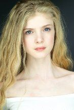 Elena Kampouris's primary photo