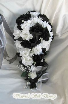 Items similar to Silk Wedding bridal bouquet black and white 4 pc Cascade style made of all roses on Etsy Cascading Wedding Bouquets, Red Bouquet Wedding, Cascade Bouquet, Bride Bouquets, Bridal Flowers, Silk Flowers, Black Bouquet, Black And White Wedding Theme, White Roses Wedding