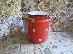 Enamel milk can, Lidded Enamel jar, red Tin Milk canister, Enamelware,  polka dot pattern, Rustic decor, Farmhouse kitchen, Gift idea