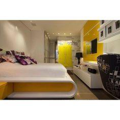 """""""Um toque de amarelo, uma cama não convencional e um quarto que é uma graça!!! #projetoevelinsayar #quartodejovem #quartodemenina #yellow #amarelo #cama…"""""""