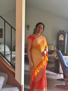 Bengal Looms Diva ❤️: Beautiful Jisa in a Shaded Georgette Banarasi Saree from Bengal Looms. Thank you so much Jisa for sharing this gorgeous picture with us. Beauty Full Girl, Beauty Women, Online Girlfriend, Dehati Girl Photo, Actress Priya, Indian Girl Bikini, Beautiful Women Over 40, Massage Girl, Local Dating