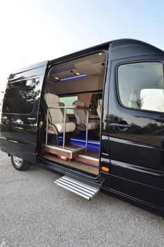 Our VIP minibus transfer services are at your disposal with our 10 seated Mercedes minibus ready for your family needs #minibus #transfer #crete http://taxirethymno.com/index.php/minibus-transfer Like us @ Facebook: https://www.fb.com/TaxiRethymno