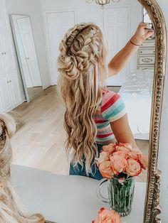 12 Easy Braids For Long Frisuren Lange Haare 2019 - Langhaarfrisuren, braun Haar Frisuren mit Lockerstab und Hochstec. Easy Summer Hairstyles, Fast Hairstyles, Everyday Hairstyles, Ponytail Hairstyles, Wedding Hairstyles, Hairstyle Ideas, Braid Ponytail, Simple Hairstyles, Bun Bun