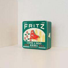 프릳츠커피컴퍼니 Food Packaging Design, Packaging Design Inspiration, Brand Packaging, Branding Design, Vintage Packaging, Vintage Labels, Charity Branding, Poster Design, Retro Design