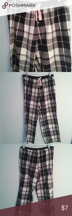 Pajama Bottom Comfy Pajama bottom with elastic waist and drawstring. Good condition. Secret Treasure Intimates & Sleepwear Pajamas