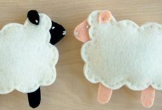 Little Lamb Finger Puppets Kit via PurlSoho.com