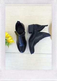 Such a cute cut out bootie! Color: Black (available in dark brown). True to size. -Vegan Leather