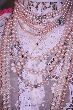 What southern lady doesn't love the color pink and pearls?