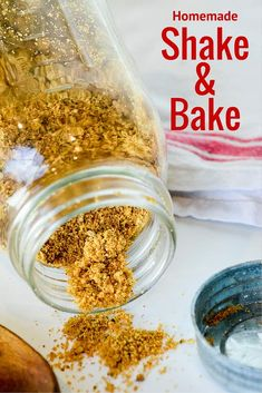 Homemade Shake 'n Bake is easy to make & way cheaper than the boxed stuff. You probably have all the ingredients in your pantry right now. My mother denies this now, but growing shake and bake pork chops were always on the weekly menu rotation. Shake And Bake Pork, Homemade Shake And Bake, Homemade Dry Mixes, Homemade Spices, Homemade Seasonings, Homemade Butter, Baked Pork Chops, Spice Mixes, Spice Blends