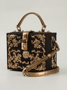 30ad5e20f160d Dolce  amp  Gabbana sac porté épaule