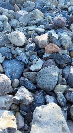 Steine am Strand, Hasselberg - Foto: S. Hopp