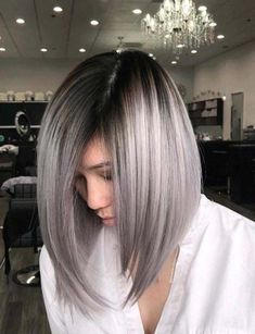 Explore here to discover the beautiful and modern styles of long bob haircuts with amazing silver metallic hair colors. This is feminine and charming hair color idea for long and medium haircuts. Women around the world are continuously sporting this hair Grey Balayage, Hair Color Balayage, Long Bob With Balayage, Medium Hair Cuts, Medium Hair Styles, Short Hair Styles, Ponytail Styles, Long Bob Haircuts, Long Bob Hairstyles
