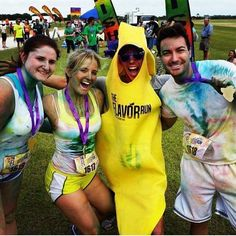 Taking it back to the Grape finisher medal and our good friend Bananalicious. Have a great Tuesday Flavor Runners! #throwback #grape #past !bananalicious #funrun #5k #happy #followme