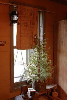 MagdalenBluePhotography with Keywords: Abigail's Primitive Palace Primitive Country Christmas, Cabin Christmas, Little Christmas, Rustic Christmas, Vintage Christmas, Christmas Trees, Magical Christmas, Christmas 2016, Prim Decor