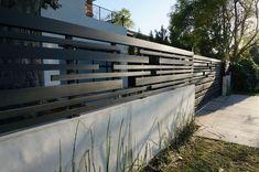 Vinyl Fence for Sale Craigslist . Vinyl Fence for Sale Craigslist . Horizontal Fence and Driveway Gate Driveway Fence, Front Yard Fence, Fence Gate, Fence Panels, Diy Fence, Porch Gate, Driveway Ideas, Backyard Pergola, Pergola Shade