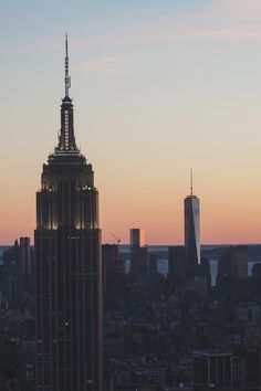 New York City Feelings - Empire State by Dennis Messie