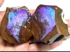 Rough boulder opal, so shockingly vibrant.