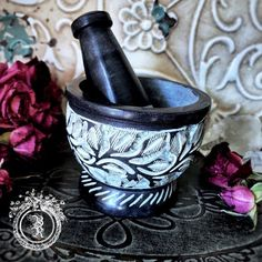 BLACK FLORAL HAND CARVED SOAPSTONE MORTAR & PESTLE
