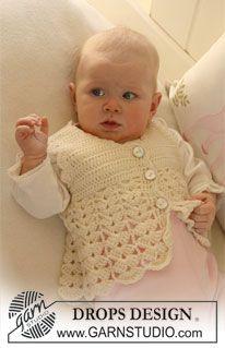 """Chaleco DROPS, en ganchillo / crochet, con patrón de abanico en """"Baby Merino"""". ~ DROPS Design"""