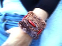 Leather and faux fur bracelet medieval inspired, brown and auburn cuff with coral beads and brown leather stripes.