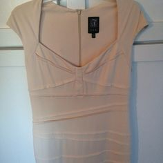 Sz 14 semi formal cream bandage dress Stunning dress in perfect condition, perfect for all occasions (wedding) extremely flattering! Jax Dresses Midi