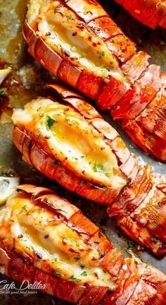 Broiled Lobster Tails with Honey Garlic Butter White Wine Sauce is a fancy, clas. dinner for 4 Broiled Lobster Tails with Honey Garlic Butter White Wine Sauce is a fancy, clas. Salmon Recipes, Fish Recipes, Seafood Recipes, Great Recipes, Cooking Recipes, Healthy Recipes, Indian Recipes, Cajun Seafood Boil, Seafood Broil
