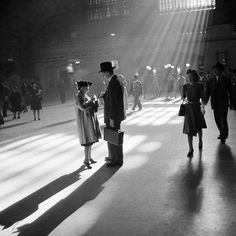 Grand Central Terminal, New York City, 1941, photo by John Collier