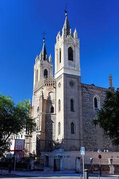 Foto Torres de la Iglesia de Los Jerónimos de Madrid en Madrid                                                                                                                                                                                 Más