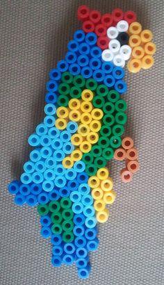 sandylandya@outlook.es  Parrot hama beads design by tructoc